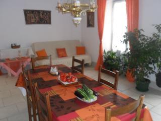 Eymet stone house - Eymet vacation rentals