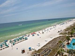Incredible Condo with 3 Bedrooms at Aqua in Panama City - Panama City Beach vacation rentals