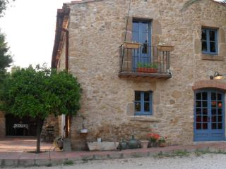 Can Baro. 15kms to Costa Brava beaches + pool - Orriols vacation rentals