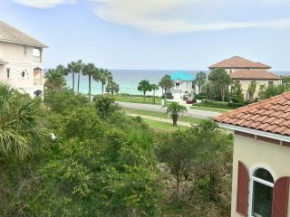 Destiny's Palace -AVAIL 5/31 - 6/4! 10% OFF SumMer Stays! 5BR/4BA in fabulous Destiny East! - Destin vacation rentals
