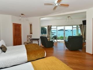 Allview Lodge B&B Suites, Absolute Waterfront - Kerikeri vacation rentals