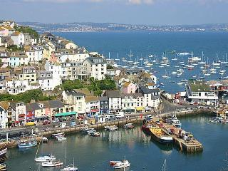 Lucky Seven: Refurbished and Cosy 1 Bedroom Flat - Brixham vacation rentals