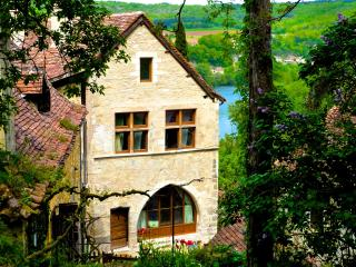 Beautiful House, Mythic Village*, Couples/Families - Calvignac vacation rentals