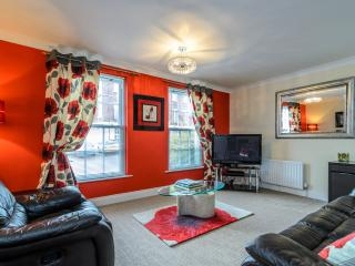 2 bed apt University/Botanic area Belfast - Belfast vacation rentals