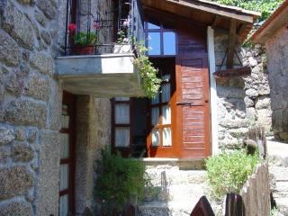 Casa do Forno - ancient bakery - Northern Portugal vacation rentals
