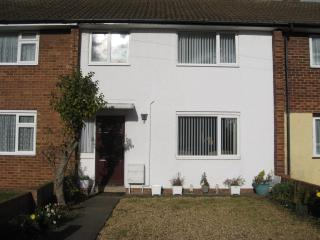 3 BEDROOM HOUSE IN CLAPHAM BEDFORDSHIRE - Clapham vacation rentals