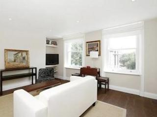 Angel High Street Terrace Flat - London vacation rentals