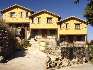 Rural Cottages Acebuche - Caceres vacation rentals