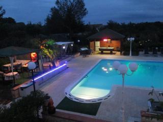 villa con piscina in puglia - Castellana Grotte vacation rentals