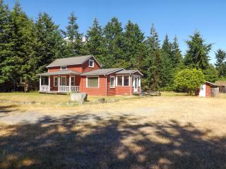 #32 The Little Red House - Lopez Island vacation rentals
