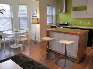 Wonderful 1 BD in U St Corrido(197) - District of Columbia vacation rentals