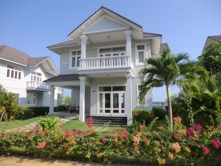 Vietnam Mui Ne Sea Links Budget Villas - Mui Ne vacation rentals