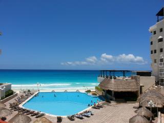 Cancun Plaza Condominium - Cancun vacation rentals