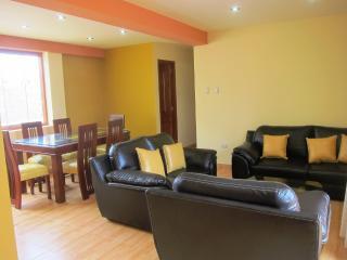 Lichy Ludeña - Trujillo vacation rentals