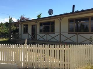 Central Otago Vineyard Escape - Alexandra vacation rentals