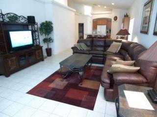 Deluxe 4 bed, 3 Bath Pool Home At Glenbrook Near Disney - Orlando vacation rentals