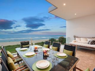 Nautilus Beachfront Penthouse - The Entrance vacation rentals