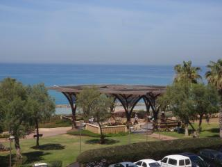 Netanya Dream's apartments GM15 - Netanya vacation rentals