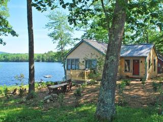 OUR SONG - Town of Hope - Lermond Pond - Rockland vacation rentals