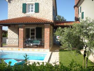 Villa Petra with swimming pool - Porec vacation rentals