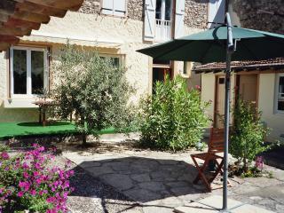 Joli-Jardin - Belesta vacation rentals