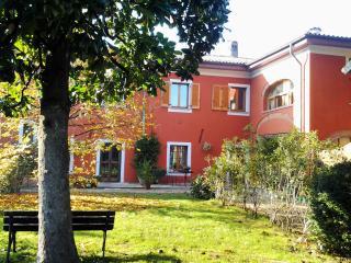 Il pettirosso bedandbreakfast - Pavia vacation rentals