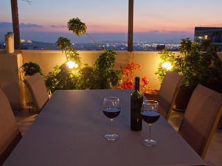 Amazing View - 3 bedr. apt. - Athens vacation rentals