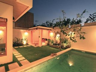 Villa in Seminyak with private Pool 2 BR - Seminyak vacation rentals
