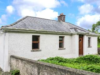 COLUMBKILLES WELL, detached, all ground floor, en-suite, open fire, garden, in Drogheda, Ref 906622 - Julianstown vacation rentals