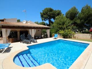 Family house, pool. Son Serra - Son Serra de Marina vacation rentals