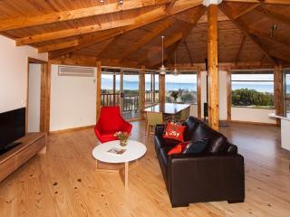 Peace & Plenty - Bicheno vacation rentals