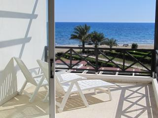 2 bedroom flat on the beach - Larnaca District vacation rentals