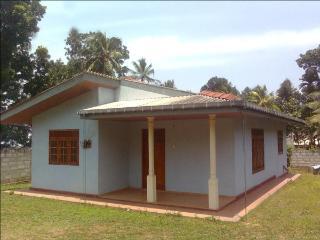 holiday home Udugampola - Udugampola vacation rentals