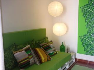 Lighthouse-Perfect Holidays House Family/Friends - Peniche vacation rentals