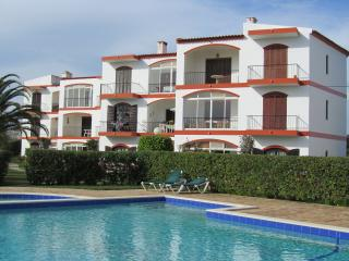 LAGOS SUNNY 2 BED APTS + POOL + WIFI Nr Marina - Lagos vacation rentals