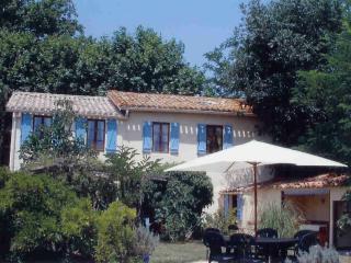 Les Glycines - La Redorte vacation rentals