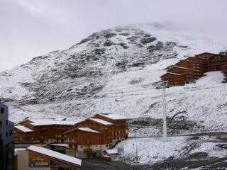 Modern and central flat in the heart of Val Thorens with unobstructed mountain views - Val Thorens vacation rentals