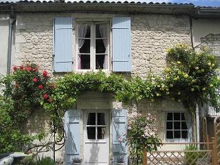 14th Century village cottage - Sigoules vacation rentals