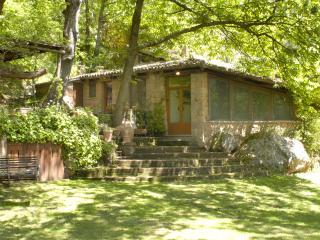 Kid friendly farmhouse w pool - Orvieto vacation rentals