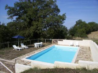 Oak Tree Cottage near Najac - La Fouillade vacation rentals