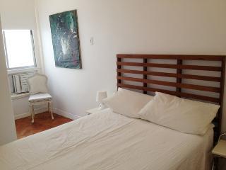Ipanema bright apartment, 200 m to the beach - Rio de Janeiro vacation rentals