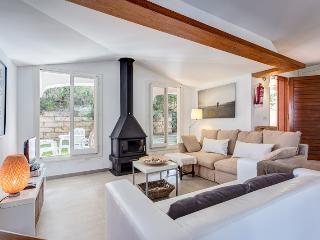 Botana villas 7 - Cala San Vincente vacation rentals