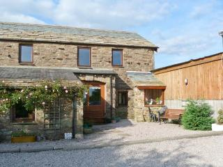KNOTT VIEW, country holiday cottage, with a garden in Sedbergh, Ref 1097 - Appleby-in-Westmorland vacation rentals