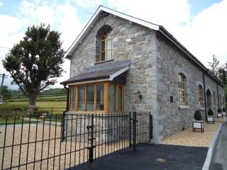 Hen Ysgol Yr Eglwys - Myddfai vacation rentals