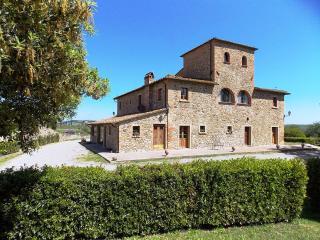 Etrusco 10 - Lajatico vacation rentals