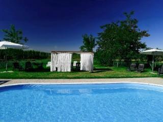 Relais Il Quadrifoglio - Bologna vacation rentals