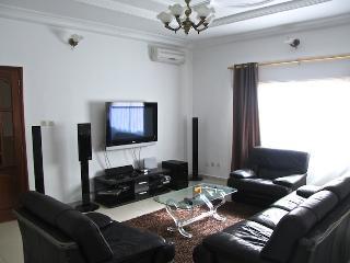appartement de haut standing - Dakar vacation rentals
