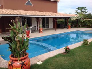 villa avec piscine privee - Mbour vacation rentals