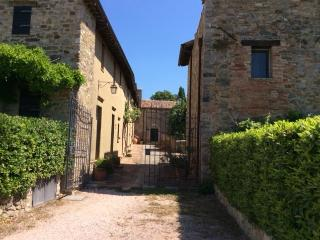 Castle - Two bedroom townhouse in Umbria - Perugia vacation rentals