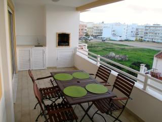 Holiday apartment in Quarteira - Quarteira vacation rentals